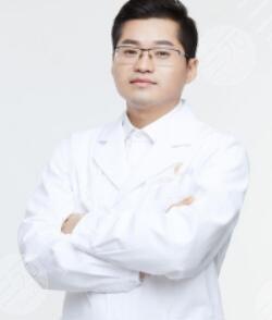 卢燕明医生